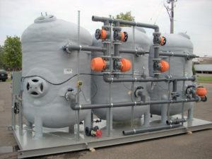 Corrosion-resistant sand filter, fiberglass filter vessels