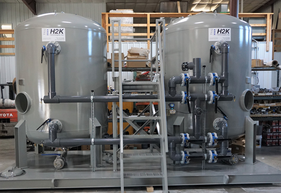 Liquid phase carbon filter